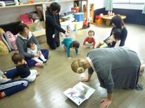 英語教室 楽しいゲームやリトミックを通して学びます!